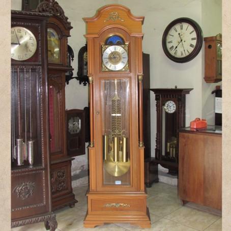 3bb6adb8e3d Conserto Relógios Antigos - Centro dos Relógio AntigosCentro dos ...