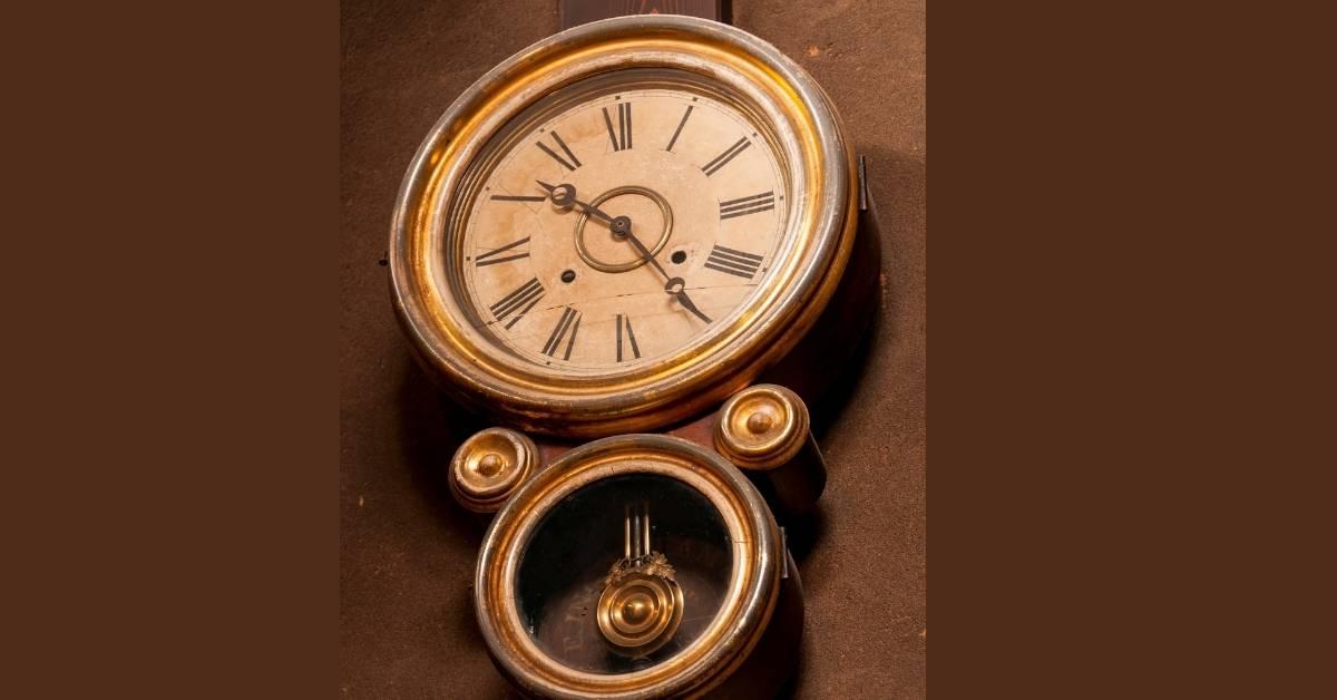 Relógio antigo oito conserto
